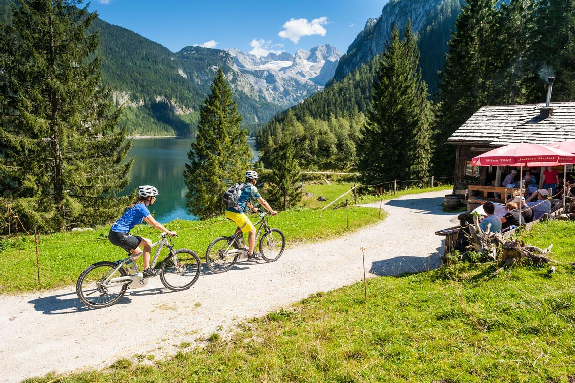 126471_Mountainbiken_im_Salzkammergut-Foto-OOE-Tourismus-72-1140x760WEB